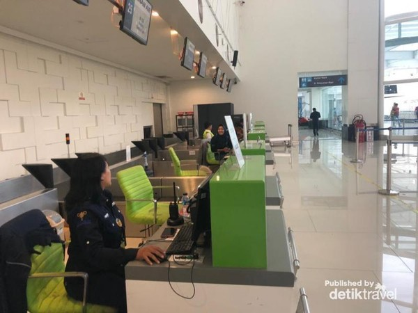 Tempat Check In di Bandara Ahmad Yani