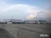 Foto Bandara Ahmad Yani dari dalam pesawat