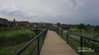 Tempar berfoto di Kampung Budaya Padi Pandan Wangi