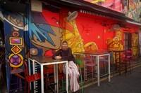 Haji Lane dengan mural-mural kreatif dan menarik