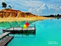 Danau Biru Gusung Pasir