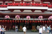 Kuil yang terdapat di China Town dengan warna merah yang dominan.