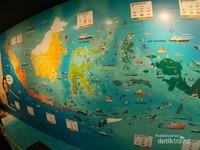 Terdapat peta persebaran ikan di kawasan perairan Indonesia.