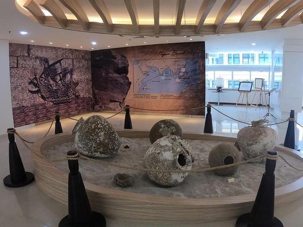 Marine Herritage Gallery terletak di Gedung Mina Bahari IV, Kementerian Kelautan dan Perikanan
