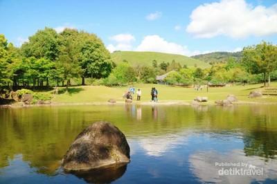 Taman Cantik Bak Lukisan di Jepang