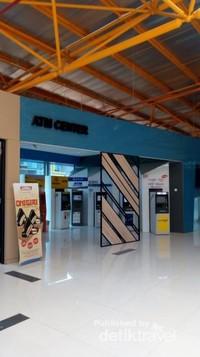 Bagian lain dari stasiun BNI city.