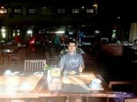 Suasana restoran untuk sarapan di pagi hari