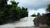 Air Terjun Riam Bengkayang