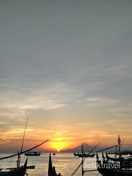 Indahnya matahari terbenam
