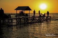 Selain Pantai Losari, Lantebung juga menjadi lokasi terbaik untuk menikmati sunset.