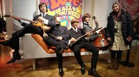 Bersama the Beatles, grup musik legendaris asal Liverpool