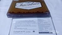 Ini adalah coklat yang mengandung madu. Bisa dibeli di peternakan lebah Big Bee Farm.