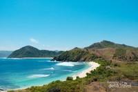 Pantai yang indah dari kejauhan