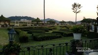 Taman cantik di area Silverlake