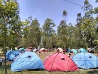 Coban Talun yang sangat luas ini juga kadang dijadikan camp perkemahan dari sekolah-sekolah sekitar.