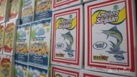 Amplang khas Kotabaru merupakan oleh-oleh khas Kotabaru dan Banjarmasin