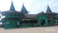Masjid Sultan Suriansyah, merupakan masjid tertua di Kalimantan Selatan