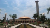 Masjid Sabilal Muhtaddien, yang ada di Kota Banjarmasin