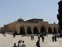 Masjid Al Qibli, arah sholat (kiblat) pertama umat Muslim sebelum dipindah ke Kabah di Mekkah