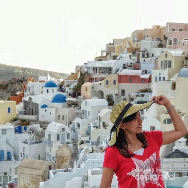 Oia, spot tercantik di Santorini