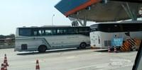 Ini adalah pintu tol dari Pattaya menuju Bangkok