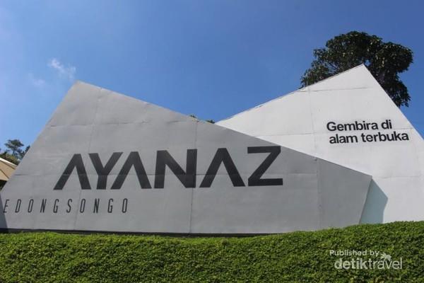 Dengan tag line gembira di alam terbuka , Ayanaz ,menawarkan spot foto keren berlatar belakang alam yang indah.