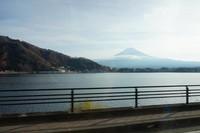 Pemandangan Gunung Fuji dalam perjalanan dengan omnibus (sightseeing bus)