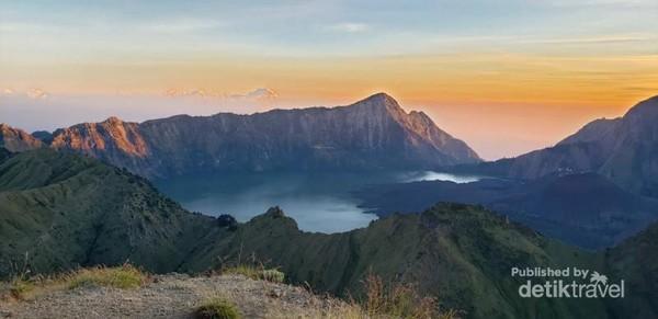 View dari puncak Gunung Kondo