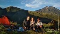 Lokasi Camping/ bermalam sebelum menuju puncak