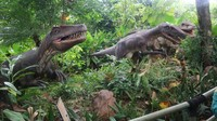Salah satu favorit pengunjung tentu saja petualangan dinosaurus
