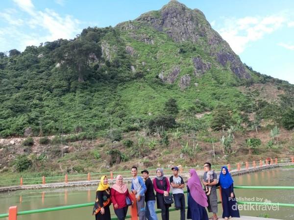Wisata Gunung Batu Bogor