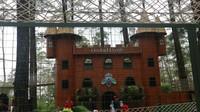 Ada juga playground tematik untuk si kecil bernama Orchid Castle