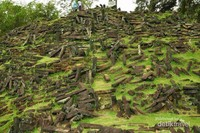 Tumpukan Batu megalit Gunung Padang