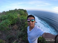 Tebing karang Boma Pecatu Bali spot Instagramble yang tersembunyi di Bali