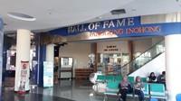 Hall Of Fame - Panggung Inohong merupakan Museum yang memamerkan tokoh-tokoh Jawa Barat   yang menempati salah satu ruangan di Perpustkaan Umum Jawa Barat