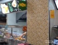 Resto Halal lain di Food Court di Platinum Mall Bangkok.
