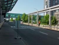 Suasana depan luar - Kedatangan di Bandara Halifax Stanfield Internasional, Kanada.