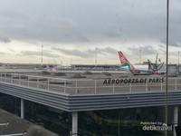 Bandara Internasional Aeroports Paris, Prancis.