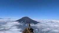 batu tatah, spot foto favorit para pendaki