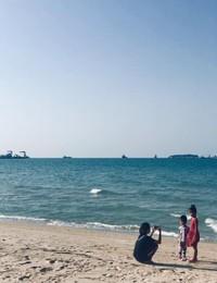 Tepian pantai Samila