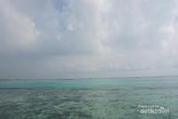 Jernih dan birunya laut di Tidung