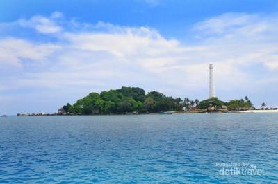 Mercusuar Pulau Lengkuas, Primadona di Belitung