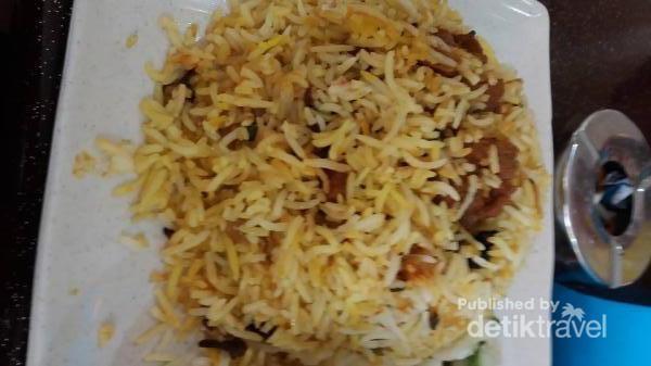 Nasi Biryani Kambing di Al-Baik Restaurant