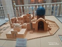 Miniatur mausoleum Amir Timur