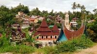 Nagari Tuo Pariangan : Desa kuno tempat asal muasal masyarakat Minangkabau.