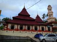 Masjid Islah Adah Masjid tertua di Ramah Minang.