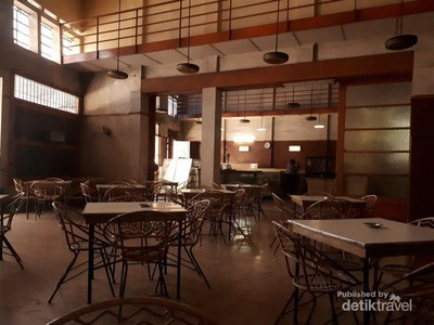 Toko Roti dari Zaman Belanda yang Masih Eksis di Bandung
