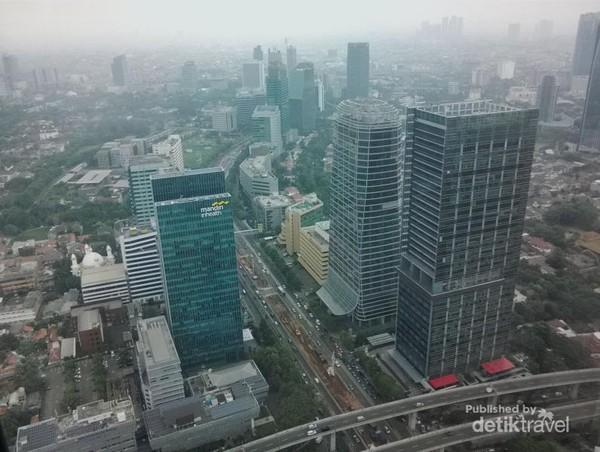 Sayang, kabut asap menutupi cantiknya Jakarta
