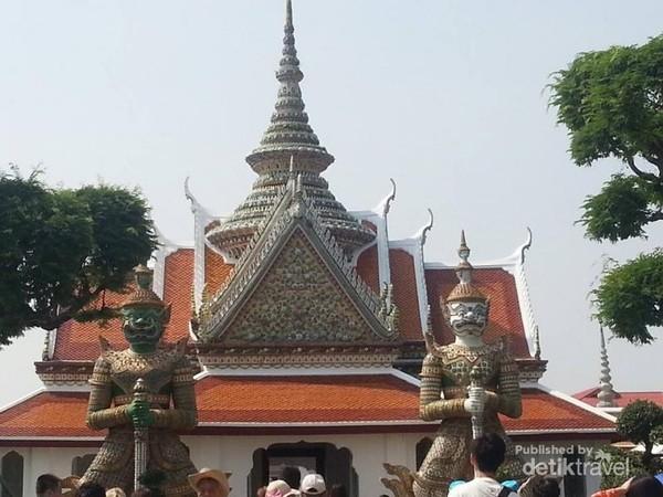 Istana Raja Thailand, megah bukan?