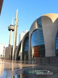 Megahnya Masjid Central Cologne